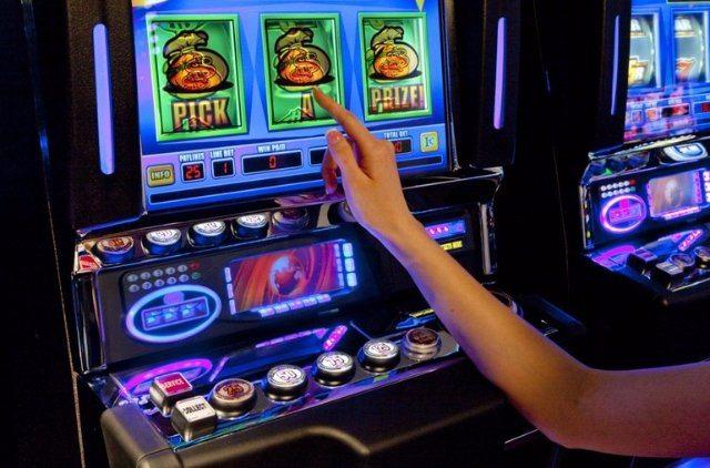 Уникальное оформление казино Вулкан Неон