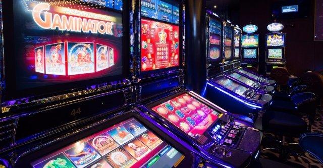 Заработок без проблем в несколько кликов в казино Superslots
