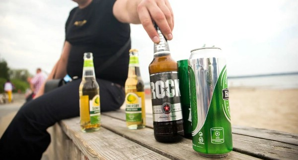 В Гоа запретят распивать алкоголь в общественных местах