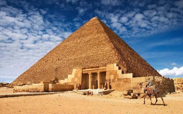 В 2018 году Египет рассчитывает довести въездной турпоток до уровня благополучного 2010-го