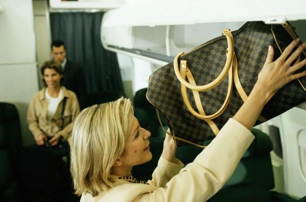 Более 60% пассажиров летают на внутренних маршрутах без багажа