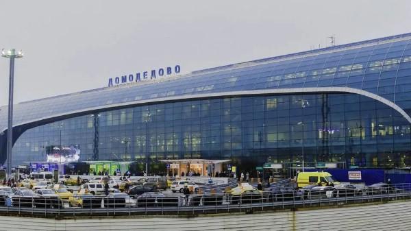 В пассажирском терминале