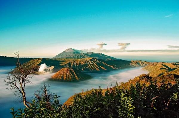 На Бали из-за возросшей активности вулкана эвакуировали 42 тысячи человек