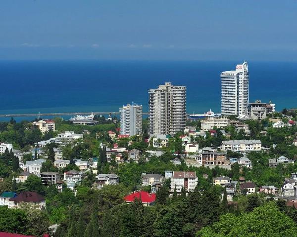 Загрузка прибрежных гостиниц в Сочи за лето опустилась до 57%
