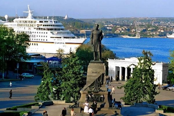 В течение курортного сезона музеи Севастополя посетили более 1 млн туристов