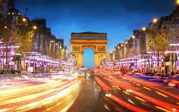 Посол Франции: российские туристы будут получать визы за 48 часов