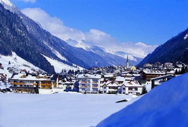 Почти половина мест в отелях австрийского Ишгля в январе заняты российскими туристами
