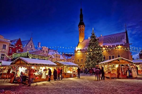 Россияне встретят Новый год в Праге, Таллинне и Паттайе