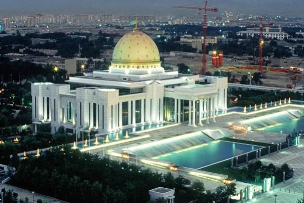 Правительство одобрило проект о сотрудничестве с Туркменией в сфере туризма