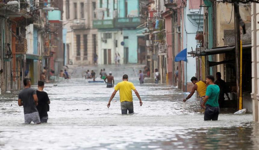 Последствия урагана «Ирма» на Кубе: одни отели переполнены, другие – закрыты