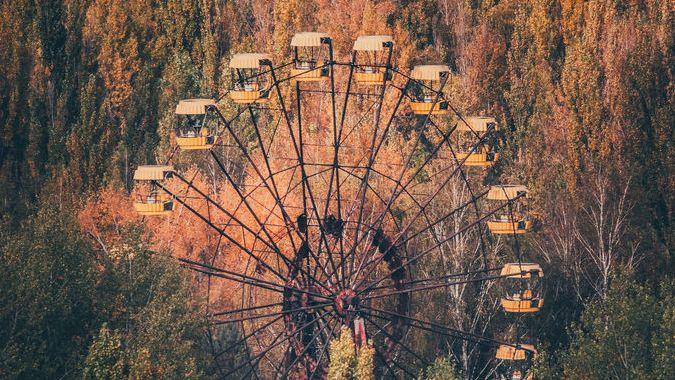 Пустую Припять можно при желании обозреть с известного всему миру колеса