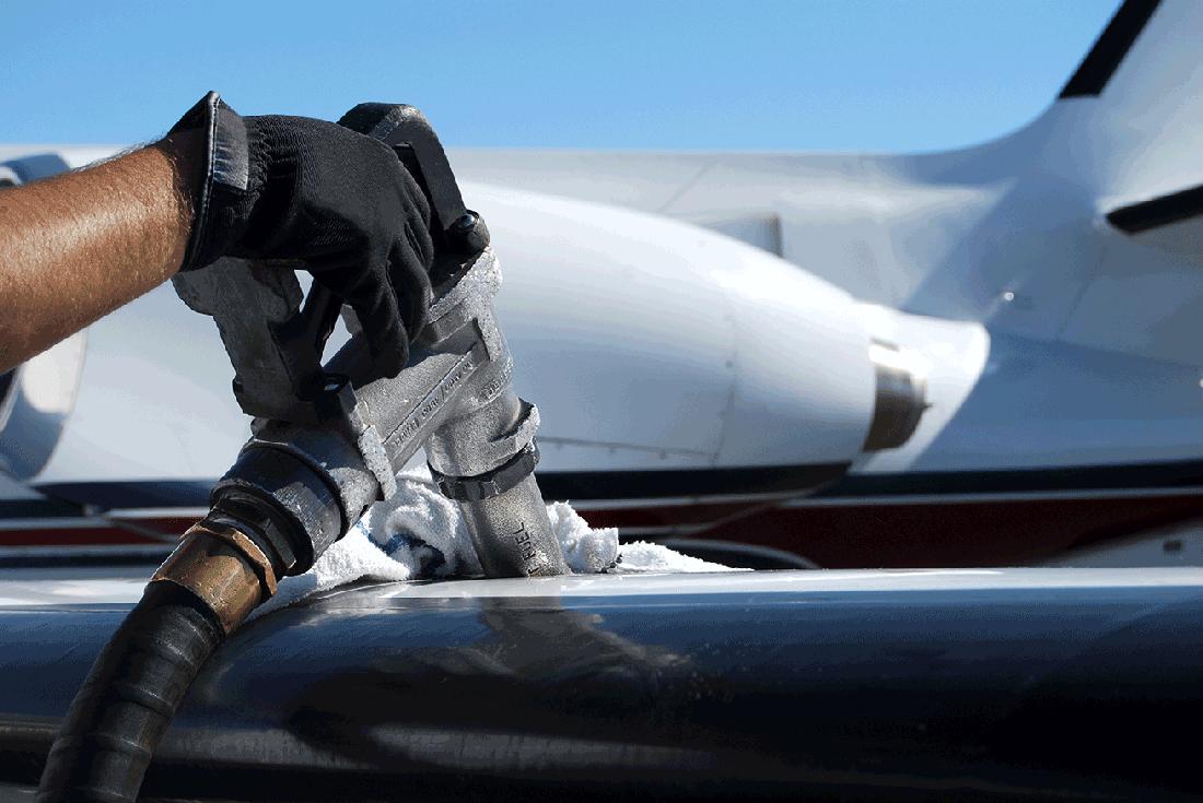 ВИА-авиа обратилась за госгарантиями для оплаты керосина чартерных рейсов