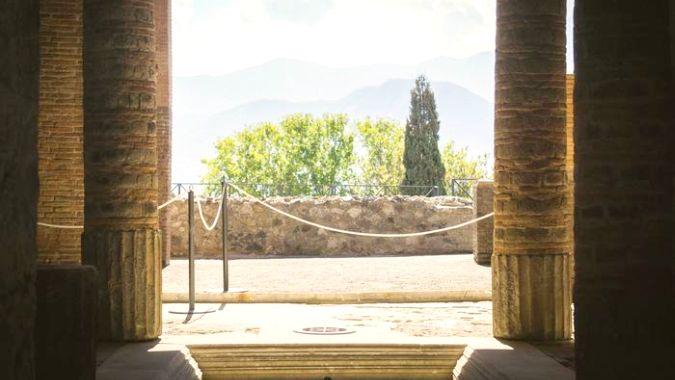 В Помпеях открылся бывший престижный квартал — Шампоне
