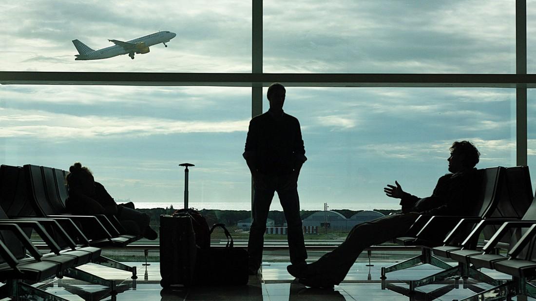 Крах ВИМ-авиа: юристы дают советы турагентствам как избежать проблем с туристами