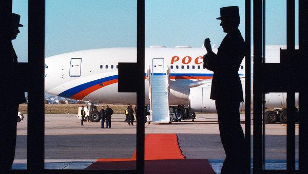 К вывозу туристов из Анталии подключат «самолеты Путина»