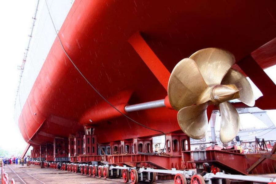 На российские круизные лайнеры ждут денег из бюджета. А их нет...