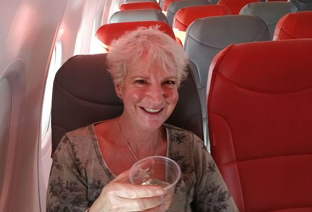 Блеск и нищета лоукостеров. Британка в одиночку летела рейсом на Крит