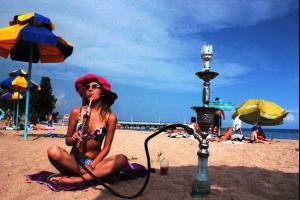 На пляжах Таиланда запретят курить с 1 ноября