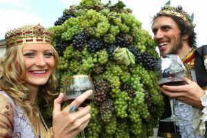 Фестиваль молодого вина состоится в Крыму в ноябрьские праздники