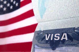 Россиянам стало еще сложнее получить визы в США