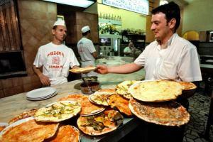 Лучшие рестораны — в Риме, а отели — в Лондоне