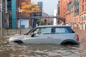 Мощный ураган накрыл центральную Европу