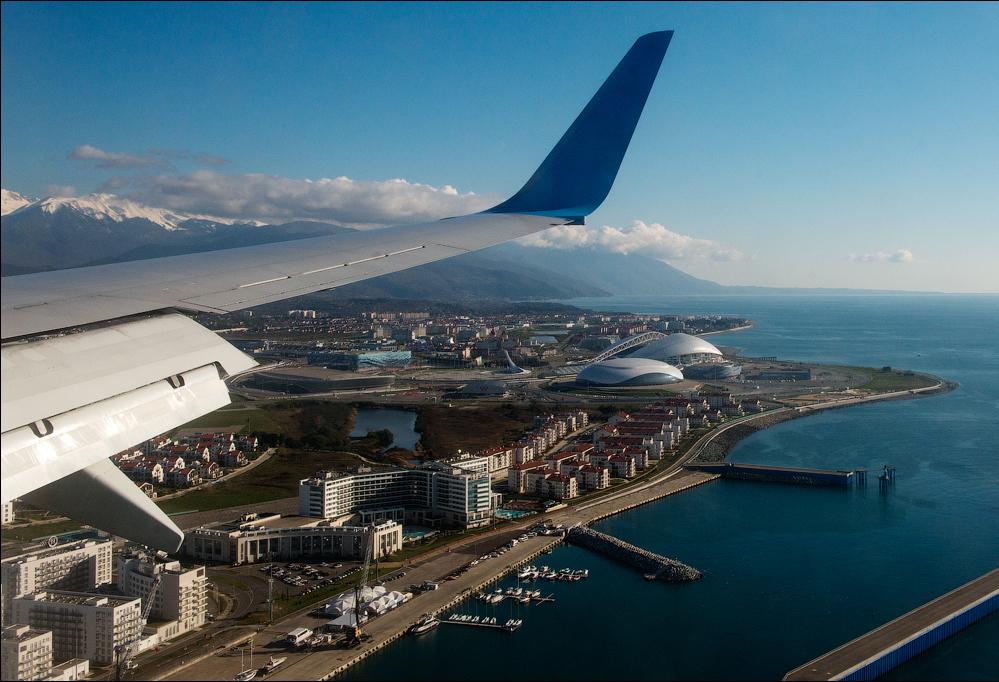 Минтранс официально предложил субсидировать чартеры туроператоров в Сочи и Крым. Что скажет Минфин?