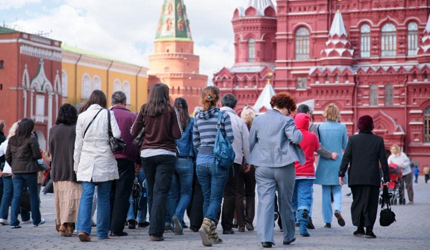 Московские власти: иностранцев в столицу приезжает все меньше