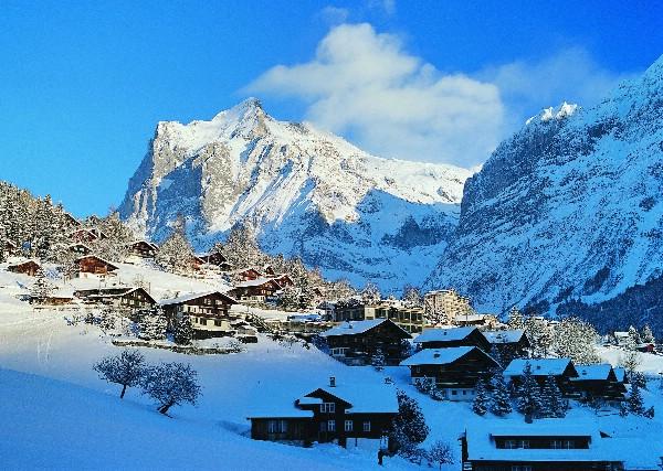 Швейцарские зимние курорты продаются раньше и активнее, чем год назад
