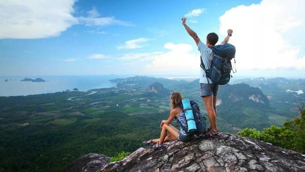 Показатели внутреннего туризма в России догнали выездной, заявили в АТОР