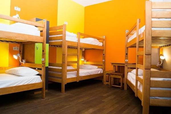 Депутаты разрешат открывать хостелы в жилых домах
