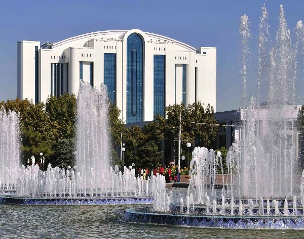 В Ташкенте открылась крупнейшая туристическая выставка страны