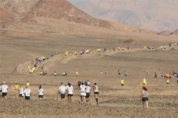 Международный марафон в пустыне стартует в Эйлате 17 ноября 2017 года