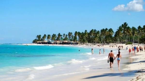 Туроператоры увеличивают объемы перевозки из России в Доминикану