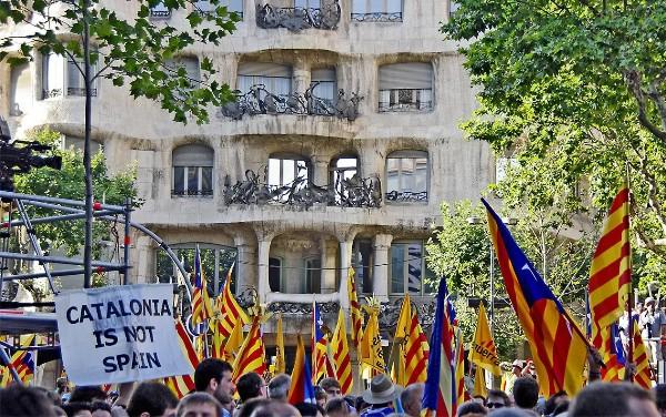 АТОР: события в Каталонии начинают сказываться на туристической отрасли