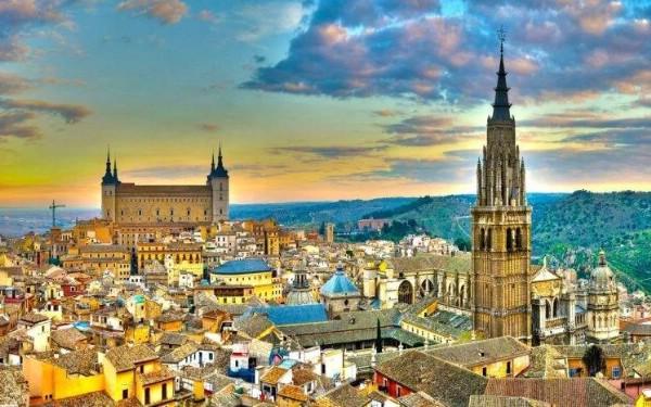 Рекордное число иностранных туристов посетит Испанию в 2017 году