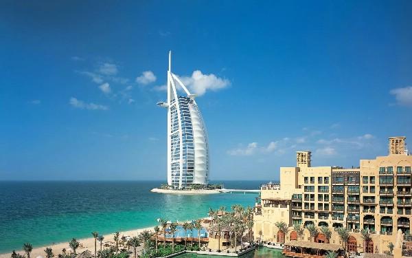В популярных отелях ОАЭ замечен дефицит номеров на пиковые даты