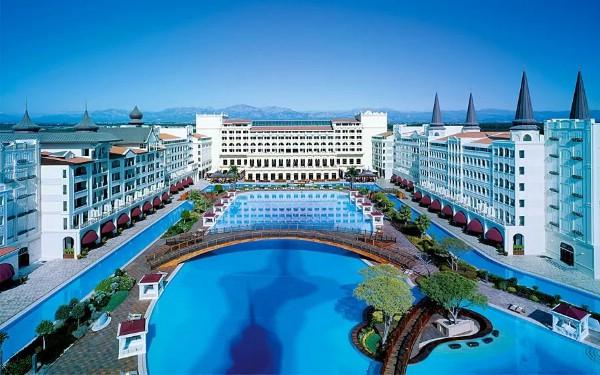 Турецкий отель Mardan Palace закрыт, его активы распродаются