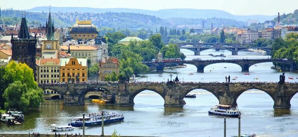 Чехия вытеснила Россию в топе туристических направлений на Новый год