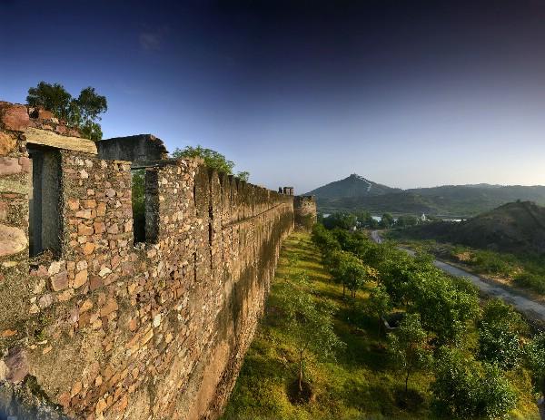 Six Senses Hotels Resorts Spas открывают курорт в историческом форте Барвара в Раджастане