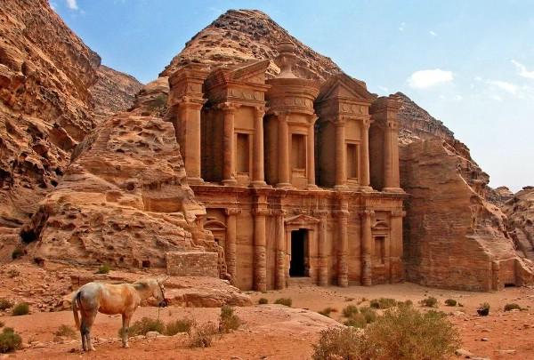Чартерная авиаперевозка в Иорданию выросла втрое