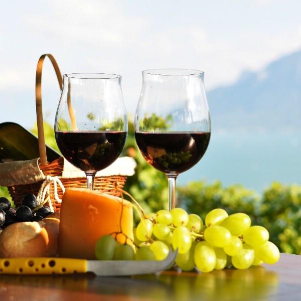 Болгария начнет привлекать туристов винно-кулинарными маршрутами