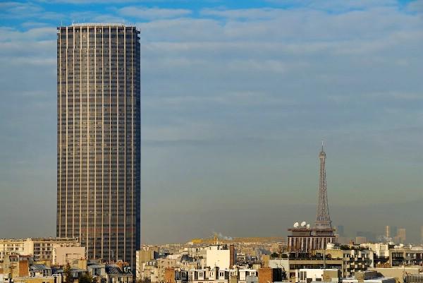 На башне Монпарнас открыли роликовый каток