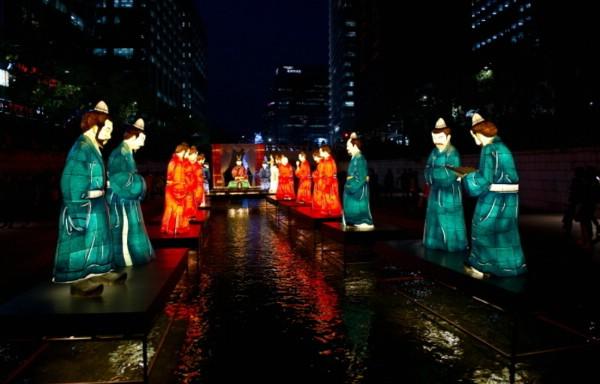 В Сеуле готовятся к роскошному фестивалю фонарей