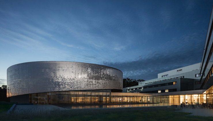 Крупнейший в Европе пресноводный аквариум открывается в Швейцарии