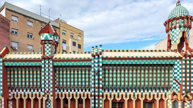 Барселона в ноябре представит туристам первое творение Гауди