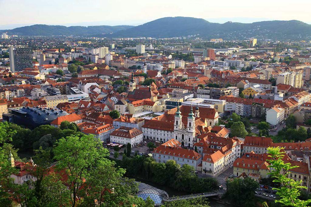 АТОР: летний турпоток из России в Австрию вырос на треть