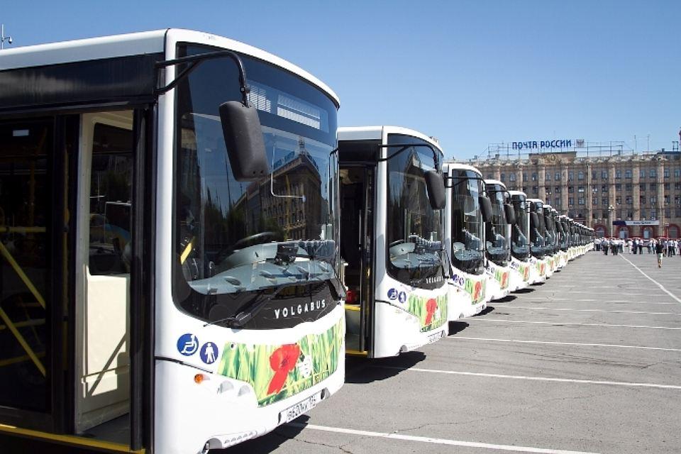 Туроператоров автобусных туров обвинили в алчности: подана петиция за запрет старых автобусов
