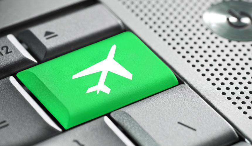 Продажи авиабилетов на ноябрьские праздники выросли почти на 50%