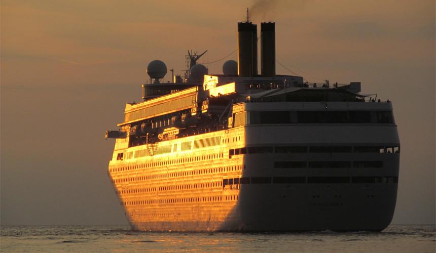 Royal Caribbean приняла решение не заходить в порты Турции в 2018 году